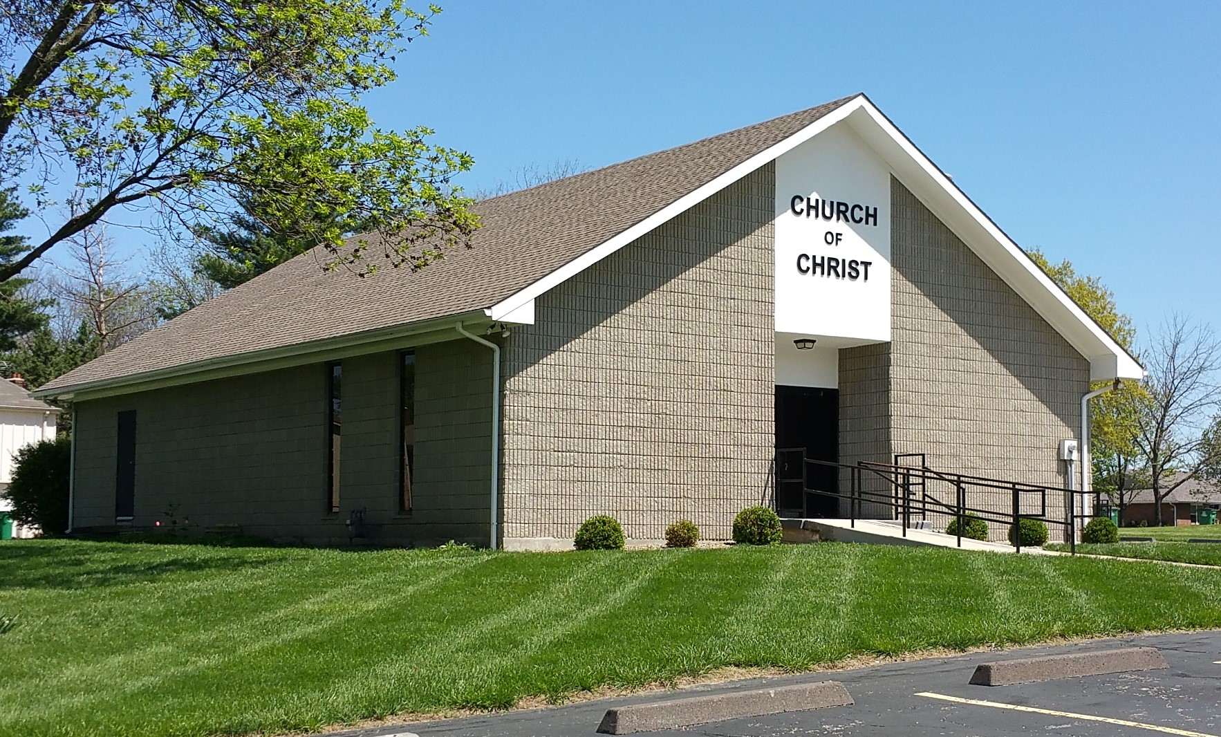 Raymore Church of Christ Building